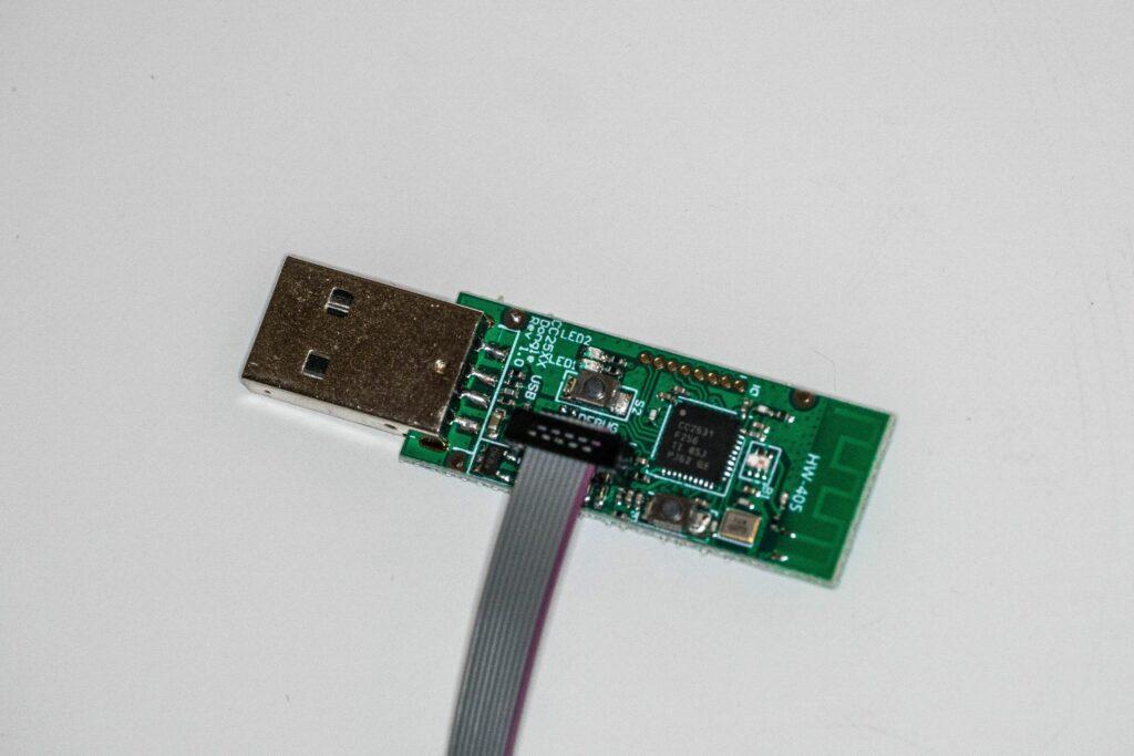 CC2531 mit Downloader-Kabel